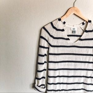 Old Navy Black and White V-Neck Sweater